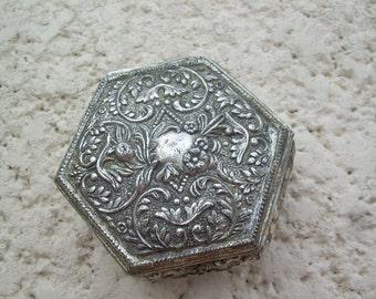 Beautiful Vintage Jewelry Casket  Trinket Box~ Great Find