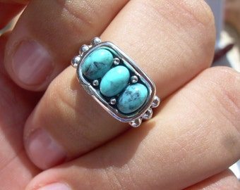 Vintage Ethnic looking faux Turquoise and silver Avon Ring size 7