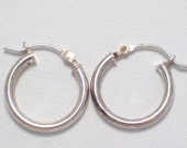somewhat dainty  925 sterling silver round tube hoop dangle earrings fine jewelry