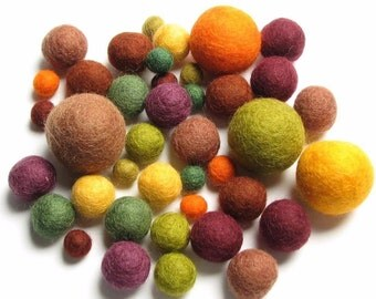 Fall Medley 40 Hand-felted Wool Felt Mixed Size Balls Handbehg Felts Crafts