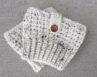 Boot Cuffs in Oatmeal, Stocking Stuffers for Teen Girls, Boot Accessories, Crochet Boot Cuffs, Boot Toppers, Leg Warmers, Boot Warmers