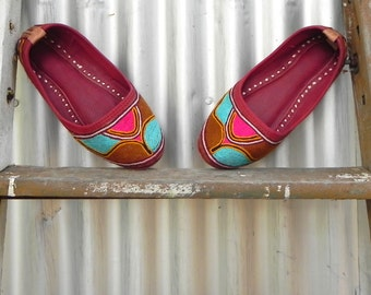 embroidered Moroccan babouche slipper, women's size 6 1/2, boys size 4 1/2,