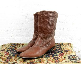 Vintage Brown Woven Western Flat Ankle Boots- Size 7 1/2