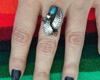 Vintage Sterling Silver Coral & Turquoise Two Feather Ring