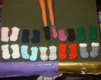 10 pairs of crocheted boots for barbie - strawberry shortcake - Blythe - lollipop girls footwear