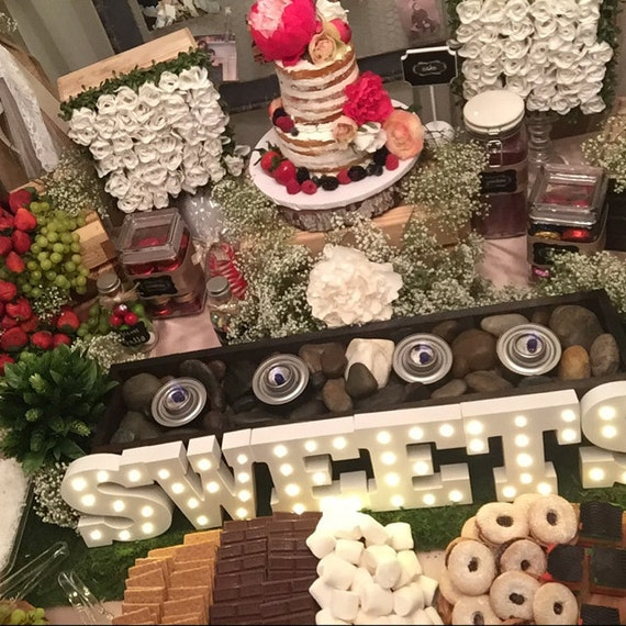 Candy Bar For Wedding Ideas: Smores Bar Candy Bar Table Centerpiece / 3456ft