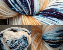 Squid on the Beach - Hand dyed 4 ply sock wool / 100g wool / sock yarn / indie dyer / gradient yarn / squid ink / knitters gift