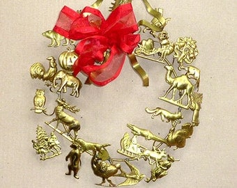 Vintage WREATH  / Wall Decor . . . Dresden BRASS Petite Chose . . . Christmas or Year-Round Wreath