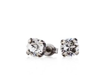 SWAROVSKI STUDS • Small Silver Stud Earrings • Swarovski Crystal Earrings • Silver Earrings • Stud Earrings • Lightweight Earrings • Crystal