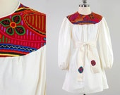 Vintage 70s natural cotton embroidered MOLA dress / Made in Panama / Ethnic bohemian mini dress