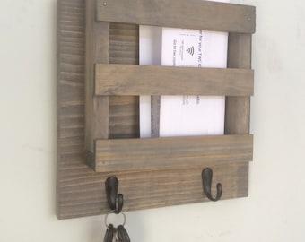 Mailbox, Mail Holder, Mail Organizer, Key Holder, Rustic, Letters, Magazines, Reclaimed Wood, Farmhouse, Keys, Home Decor