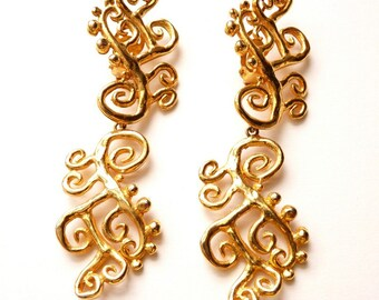Vintage 1980s Herve Van der Straeten Scrolling Dangling Gold Tone Earrings 4 Inches