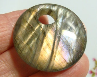 AAA, Spectacular Flashing Purple Gold Green Blue Labradorite Smooth Large Hole Round Pendant, 30mm, a7-12