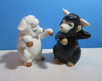 vintage FF ceramic salt & pepper shakers, pair of sheep