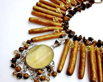 Brown & Yellow Necklace -- Brown Statement Necklace -- Brown Gem Necklace -- Gold Coral Necklace --Amber Brown Necklace -Earth Tone Necklace