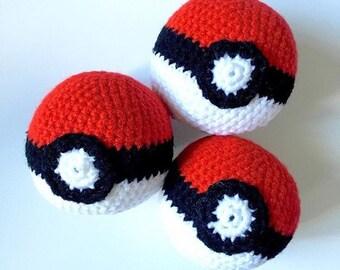 Geeky Pokeball amigurumi ball