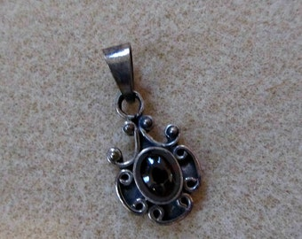 DESTASH - Silver Garnet Pendant - DIY Craft Jewelry Making Findings.