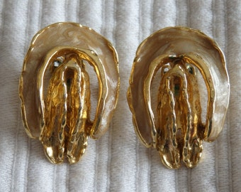 Vintage Vulva Clip-On Earrings Circa 1960s Pearly Gold-Tone Vaginas