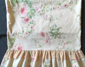 Vtg Pillowcase - Bill Blass Pink Cabbage Roses with Lace and Ruffle - Springmaid