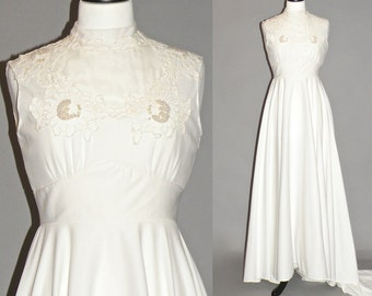 Vintage 70s Wedding Dress, White 1970s Hippie Wedding Gown with Train, Medium