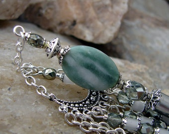 Green Stone Hair Stick with Czech Glass and Geisha Dangle Hairstick Haarstab Stone Hair Pin - Annorah