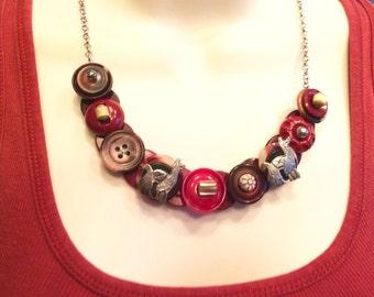 Llama Mama button necklace