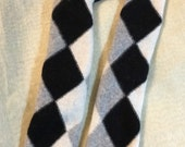 D72  argyle black white gray Cashmere armwarmer knit pattern Fingerless Gloves upcycled Cashmere Fingerless Mittens Wrist Warmers organic