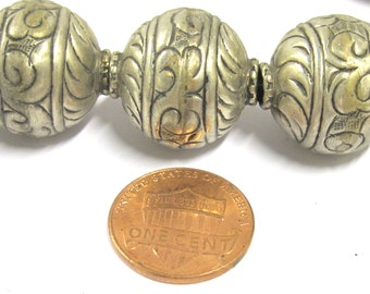 1 BEAD - Beautiful large Tibetan silver floral design oval shape beads 19 - 20 mm -  BD802