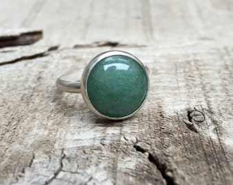 Elegant Round Emerald Green Aventurine Solitaire Ring in Sterling Silver