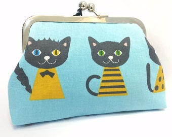 clutch purse - here kitty kitty  - 6 inch metal frame clutch purse - medium purse- kitty -blue  - kiss lock clutch