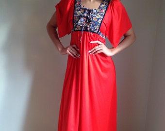 vintage 1970s  dress/ boho / folk  prairie/ hippie floral/red coral /60s 70s/maxi dress