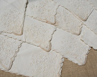 Large Vintage Napkins White Embroidered Linen Cutwork Flowers Set of 12 Madeira with Tags