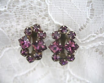 Vintage Rhinestone Earrings ~ Clip On ~ Amethyst Rhinestones