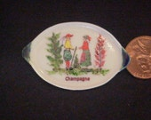 Dollhouse Miniature 1/12th scale china painted kiln fired French Quimper platter Uyetake