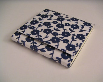 Dark Blue and White Flower Print Sticky Notes Pad