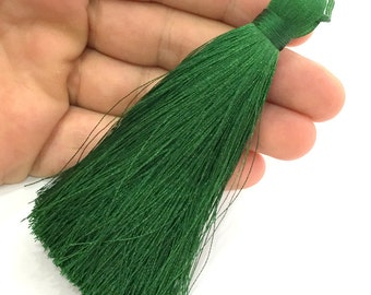 Green Tassel ,   Large Thick  113 mm - 4.4 inches   G3886