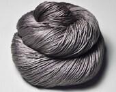 Dead walnut wood - Silk Fingering Yarn