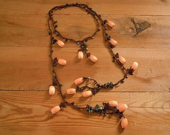 peach lariat necklace, crochet brown