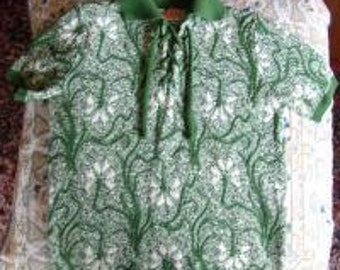 Vintage 60s 70s Sweater Acrylic Fibe Green White Flower Short Sleeve Lace Up Sweater S Small M Medium