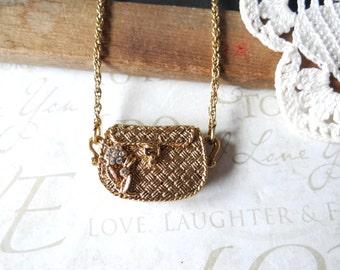 IT bag | vintage pendant purse necklace with rhinestone daisy | gold | locket | layering necklace | basketweave