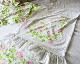 Twin Sheet Set with Ruffles and Roses