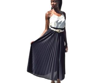 Black elastic waist accordion pleat maxi skirt 1990s 90s VINTAGE