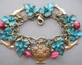 Hummingbird Bracelet - Hummingbird Jewelry - Victorian Charm Bracelet - Victorian Jewelry - Nature Jewelry - Bird Bracelet - Leaf Bracelet