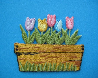 Iron-On embroidered Patch Tulip 2.1 inch