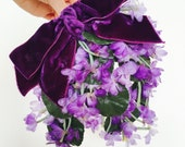 Vintage 1930s millinery fascinator/ Lilac blossom mini hat/ velvet ribbon bow