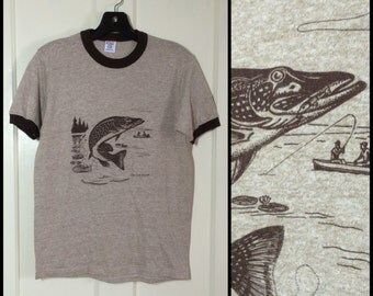 deadstock 1980's soft Tri Blend Ringer Big Fish fishing T-shirt size Medium 17.5x25 Heather brown lake camping canoe nature scene NOS