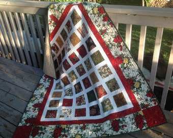 Simply ELEGANT Christmas 54x60 quilt with lots of glitz and glitter