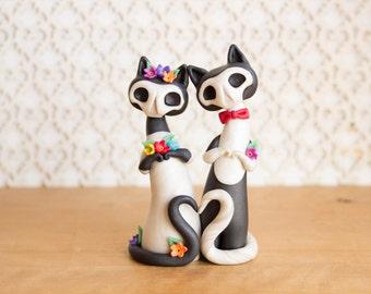 Gatitas de los Muertos - Calavera Cat Wedding Cake Topper by Bonjour Poupette