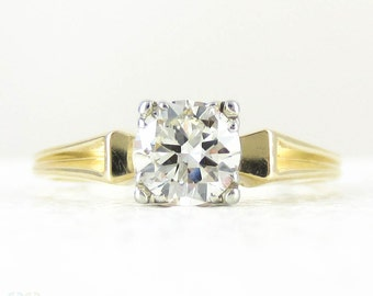 Vintage Diamond Engagement Ring, 0.50 Carat Transitional Cut Diamond Solitaire. Fishtail Style with Ridged Fluted Detail, Circa 1940s.