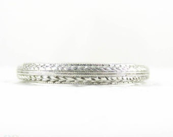 Antique Platinum Wedding Ring, Highly Detailed Hand Engraved Wheat Wreat Design & Beaded Pattern Band, Circa 1900s. Size L / 5.75.